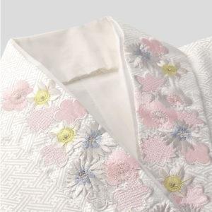仏衣 定番の白をはじめカラー、神式用、刺繍入、友禅など取り扱っております。